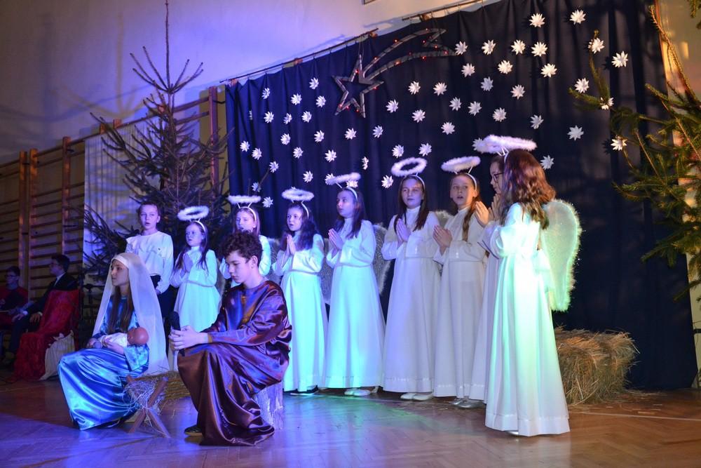Wieczór Kolęd w Szkole Podstawowej w Iwanowicach