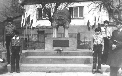 Pomnik Ofiar II Wojny Światowej w Iwanowicach